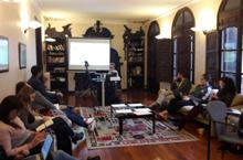 La profesora de la UNAM Angélica Cuéllar dio su charla en Antia.