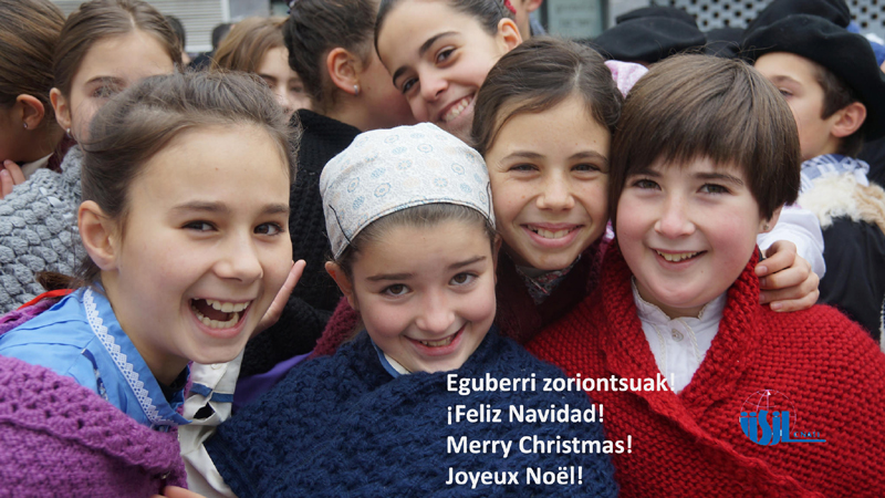 Gabon zoriontsuak - Feliz Navidad - Merry Christmas - Joyeux Nöel. Photo by Ordiziako Jakintza Ikastola (https://creativecommons.org/licenses/by/2.0/)