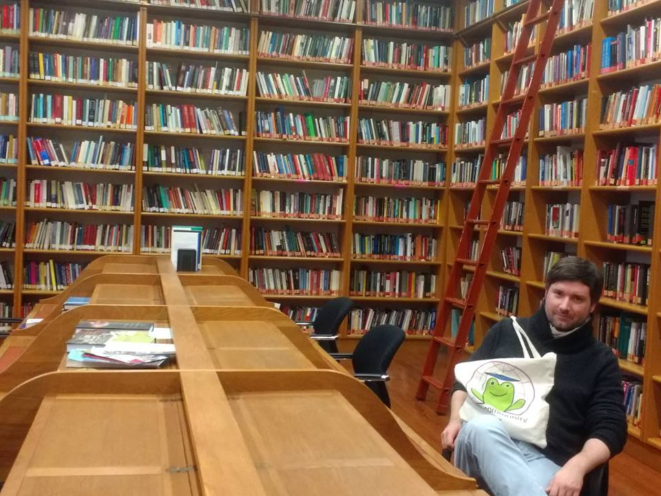 Tomas Ledvinka, at the IISL library.