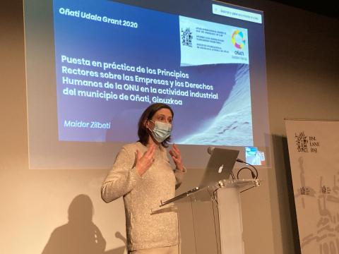 Maider Zilbeti, en un momento de la presentación.
